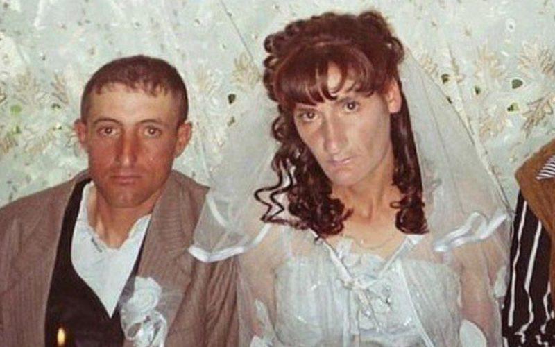 Их свадьба запомнится им надолго. Фотограф об этом позаботился.