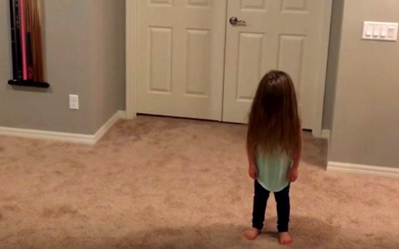 Это видео набрало почти 16 миллионов  просмотров. Смешной танец детей стал хитом интернета