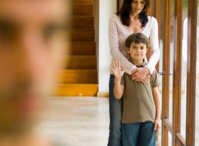 Мужчина развелся с женой и отказался от своей дочери. Спустя несколько лет свела их снова