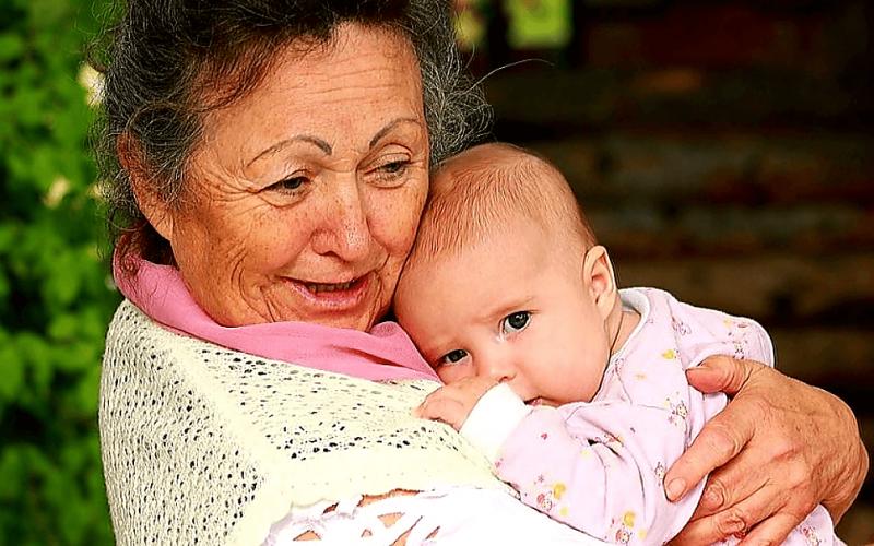 Подарили бабушке внука и исчезли