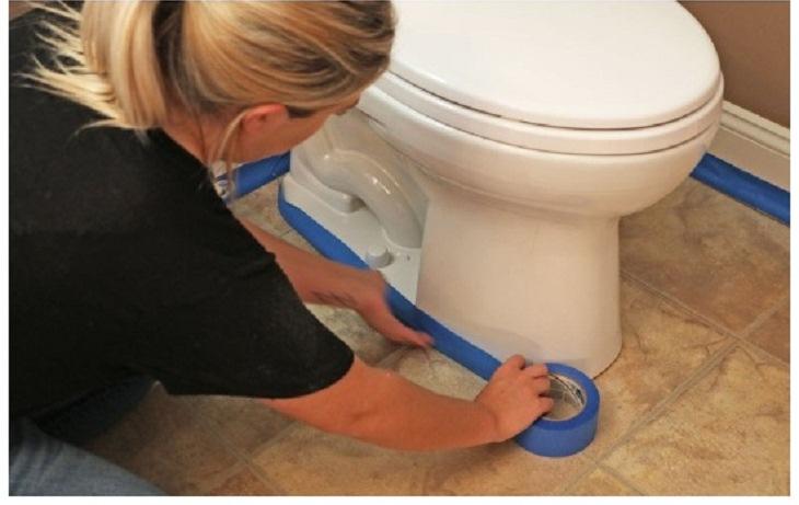 Как покрасить пол в туалете самостоятельно