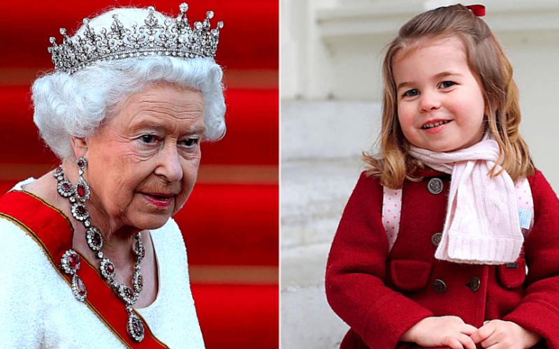 Принцесса Шарлотта поможет Елизавете II остаться на престоле еще надолго