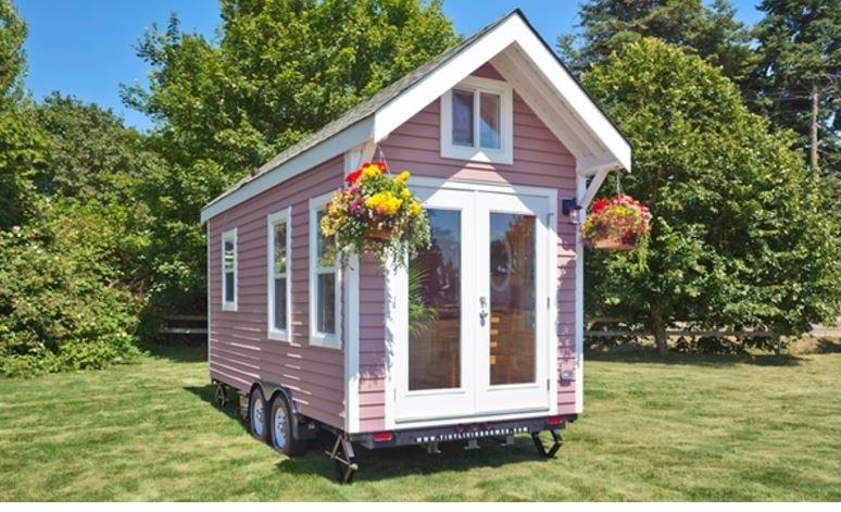 Этот домик на колесах — настоящее чудо!