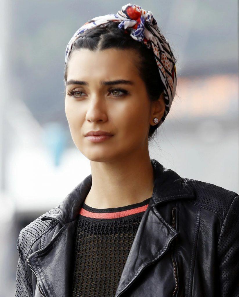 Турецкие красавицы: 8 несравненных актрис, которых мы не раз видели в турецких сериалах