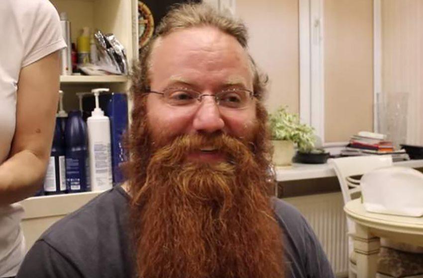 Жена не узнала мужа после того, как он впервые побрил свою бороду