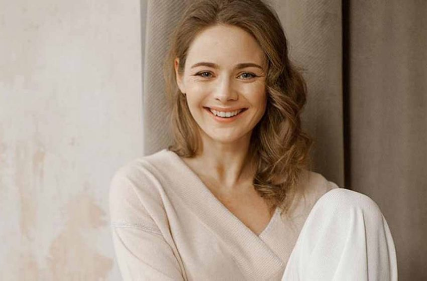 Карина Разумовская: обаятельная и одаренная актриса. Её школьная любовь вновь вернулась