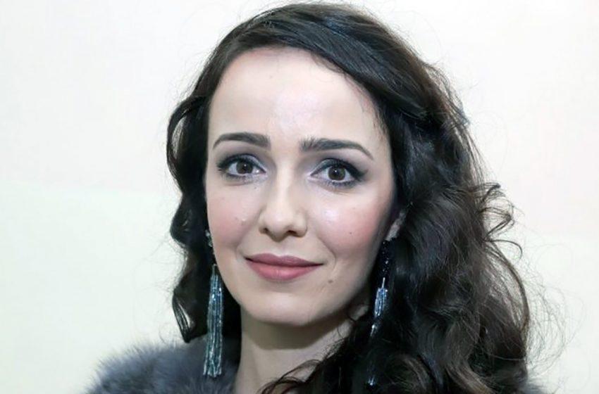 Валерия Ланская радует фанатов снимками с супругом