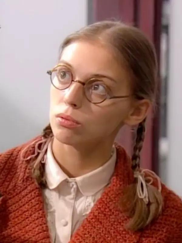 Как сегодня выглядят актеры знаменитого сериала «Не родись красивой»