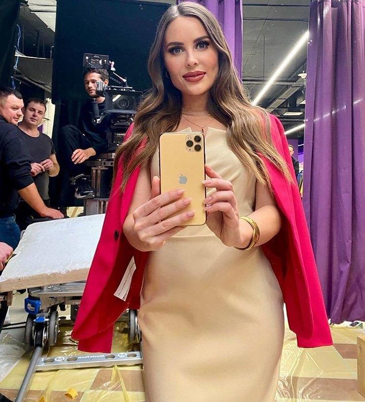 Как живёт звезда «Уральских пельменей» Юлия Михалкова после ухода из популярного шоу