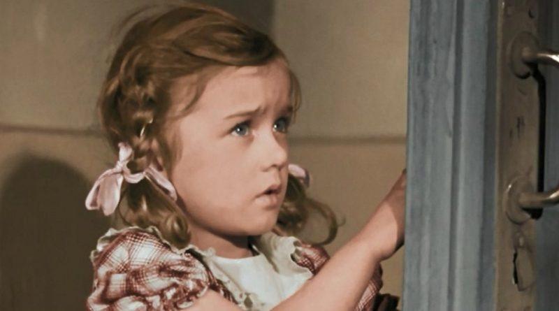 Что стало с малышкой, которая спорила с Раневской, в фильме «Подкидыш»