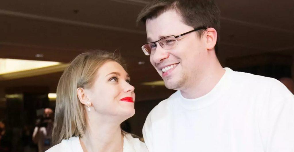 Харламов и Асмус приняли решение о разводе после 8 лет брака