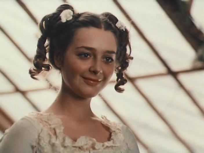 Как выглядит и чем живёт красавица Геро из картины «Любовью за любовь»