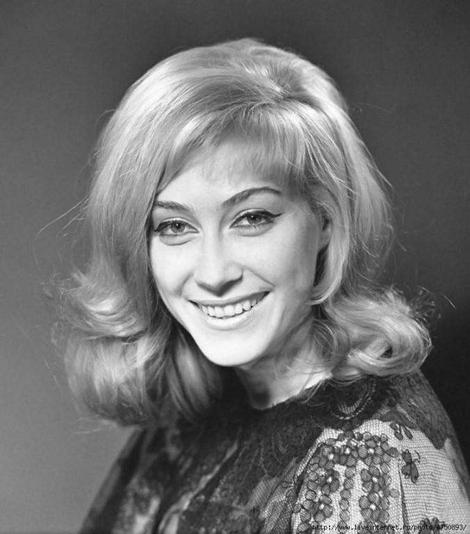 Биография актрисы Ирины Мирошниченко: какая настоящая фамилия женщины?