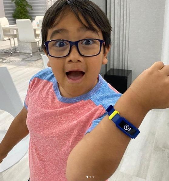 Дети-блогеры: они зарабатывают не по-детски. Самые богатые дети в онлайн пространстве