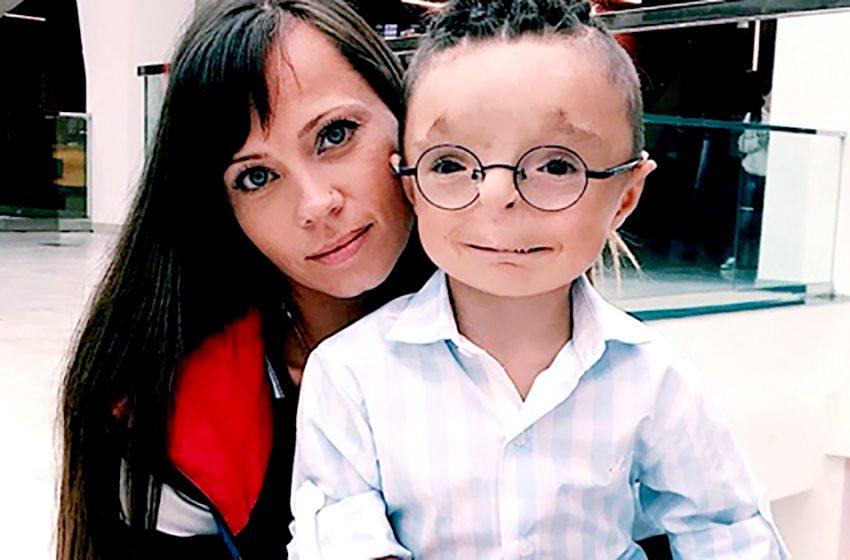 Необычный мальчик Рустам, от которого 12 лет назад отказалась мать. Что с ним стало