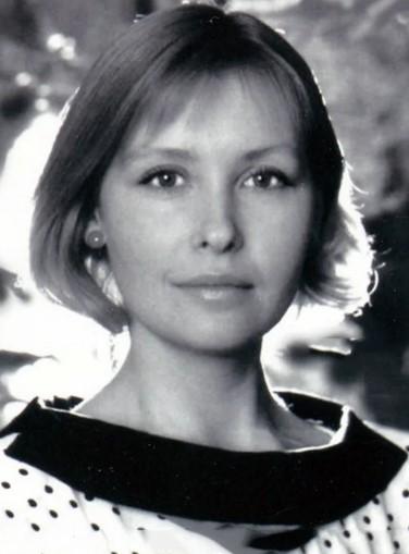 «В молодости она была красавицей, а сейчас ее не узнать»: Светлана Рябова, роли, позднее материнство и кто ее муж