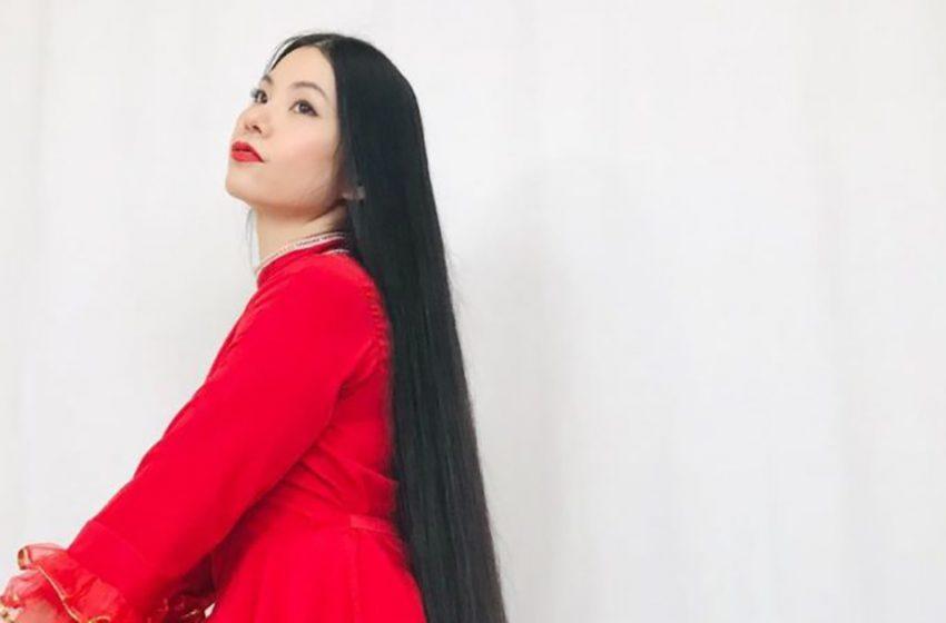 «Японская Рапунцель»: история 35-летней модели, длина волос которой превышает её рост