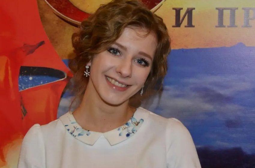 «Какое шикарное платье»: Лизу Арзамасову в «голливудском» образе обсуждают в соцсетях