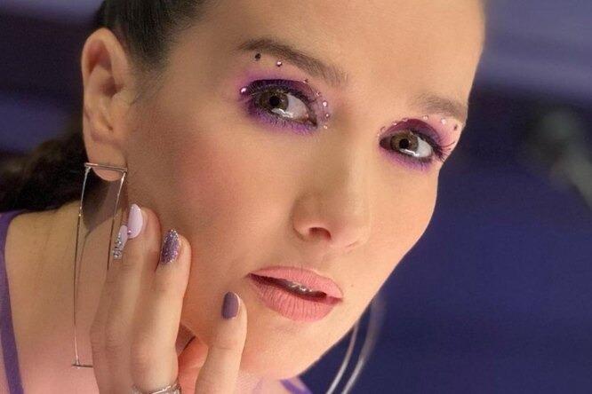 «Дерзкая! Женился бы!»: Наталия Орейро в шикарном платье восхитила мужчин