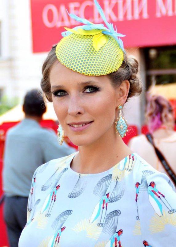 «Ей всего 36, а выглядит на 50»: поклонники не оценили новое фото Кати Осадчей