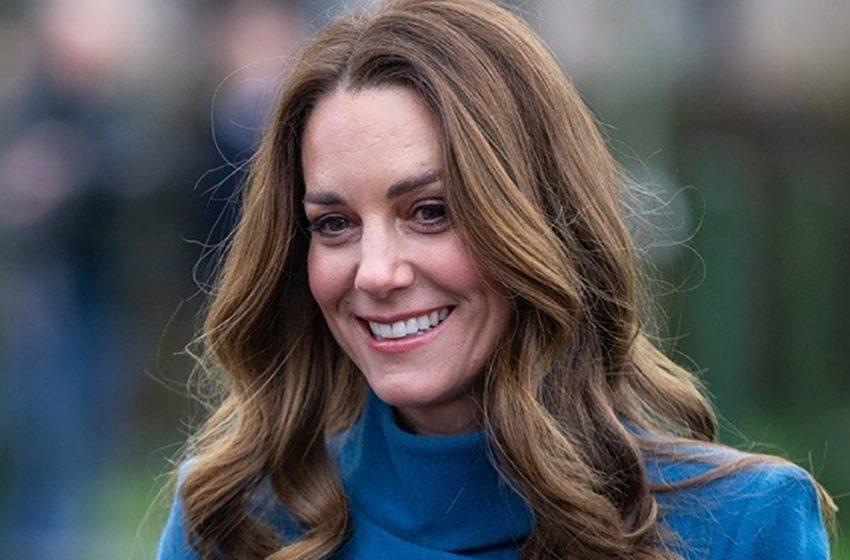 «Потрясающая королева-богиня!»: Кейт Миддлтон восхитила поклонников идеальной фигурой в обтягивающем топе и джинсах