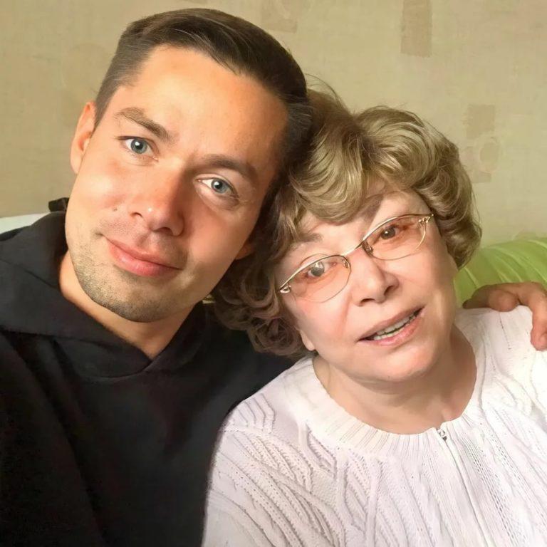 «Иди ты! Без парика и не узнать»: Как выглядит сейчас 84-летняя Эдита Пьеха